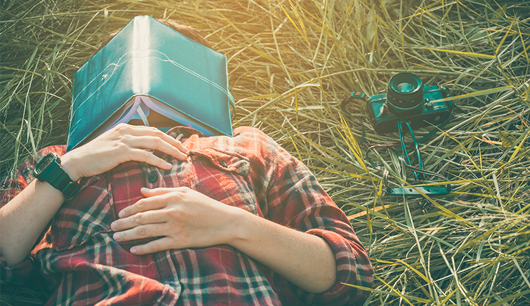 napping-boosts-your-creativity