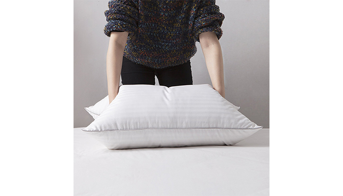 White Goose Down and Feather Bed Pillows