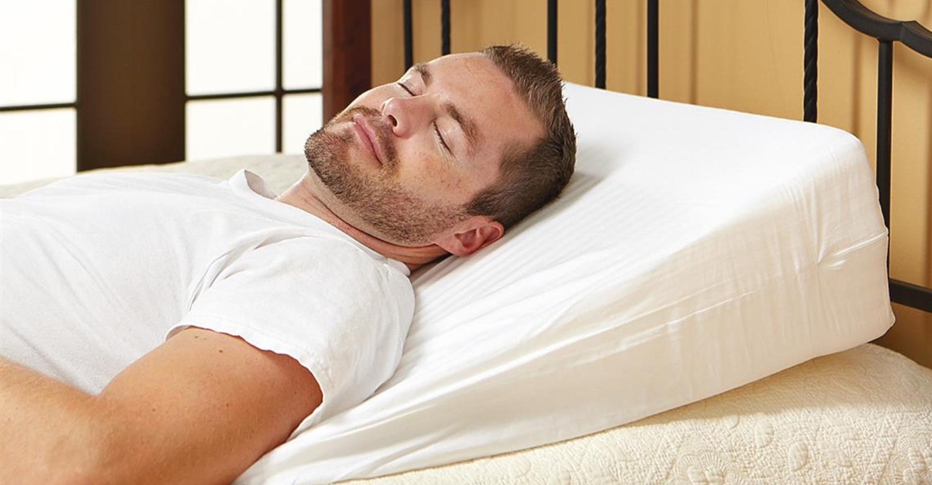 4 Best Wedge Pillows Reviewed Oct 2019 Pillow Picker